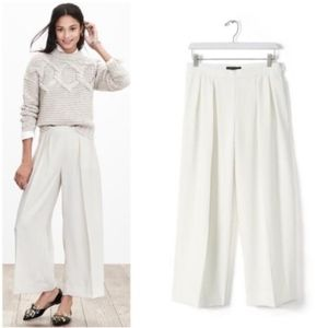 NWT Cropped White Trousers